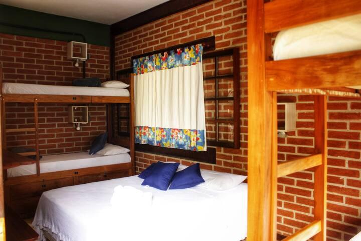 Suíte Cambucá - Hostel Ô Lugar