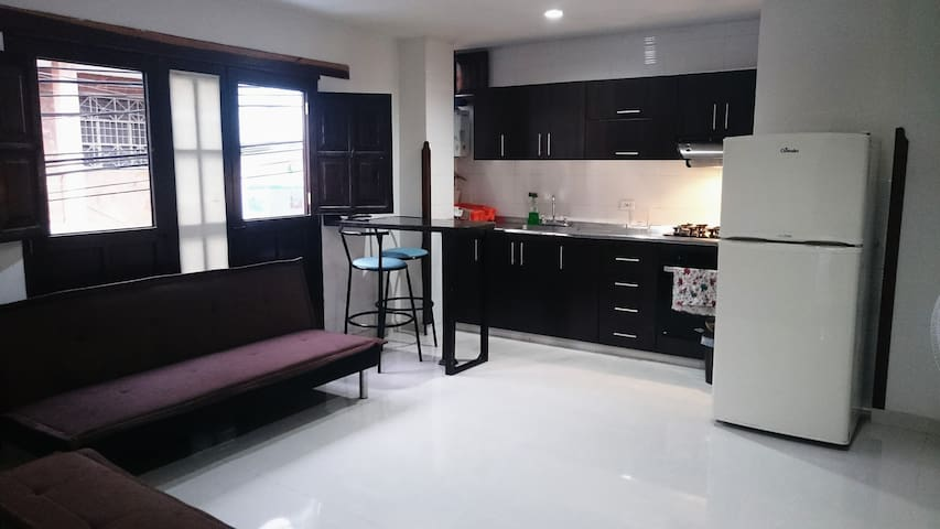 Central Apartment ideal for couples!
