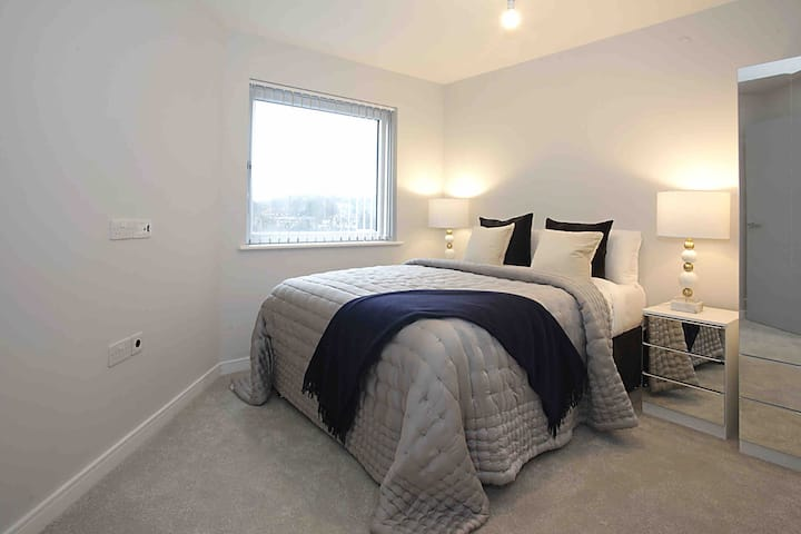 Citi brand new one bedroom apartment near to town