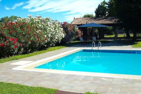 Private Apartment in a beautiful Villa near Padua - ปาโดวา - วิลล่า