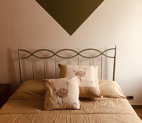 Curato appartamento nel centro storico di Leini'