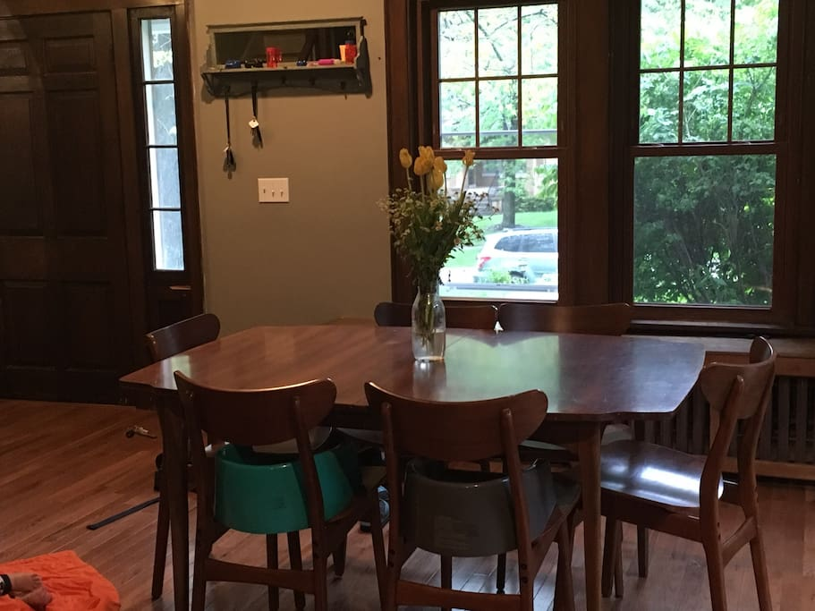 Table with seating for 6, two booster chairs, high chair
