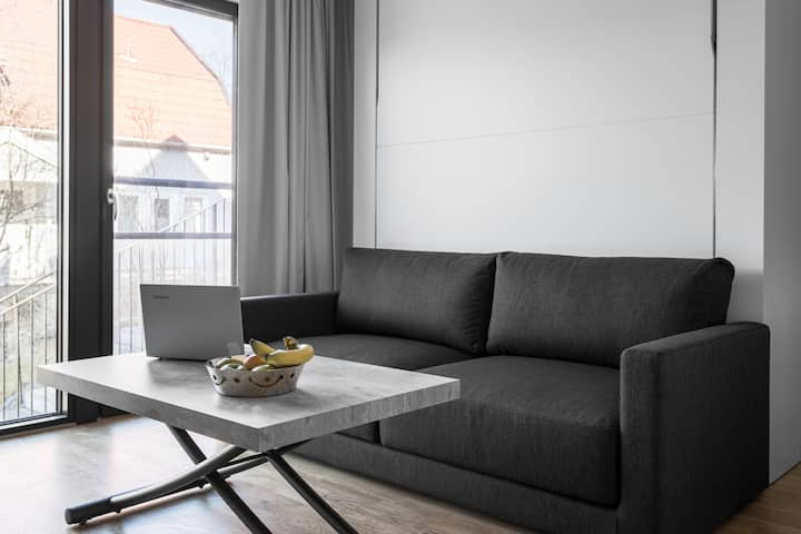 Comfy Studio 20 min from Sthlm w. Free parking