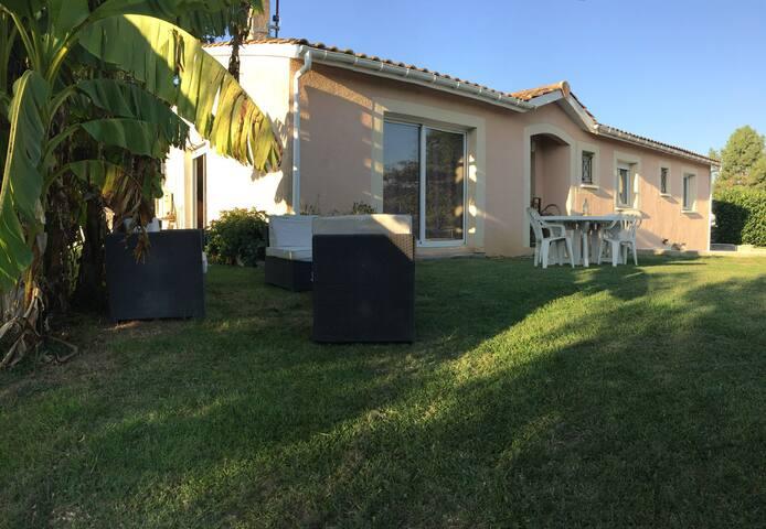Maison à seulement 25 minutes de Saint Emilion