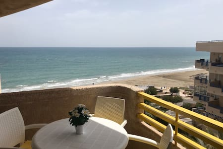 Seaview Apartment FREE WIFI/POOL