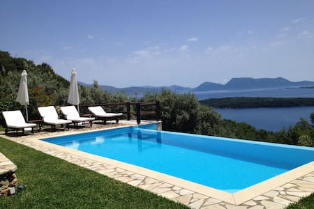 Villa Meliti, amazing views surrounded by nature! - Lefkada - Ev