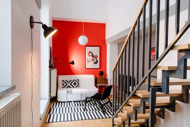NEU! LE-Style: Top-Galerie-Studio im Bauhaus-Stil