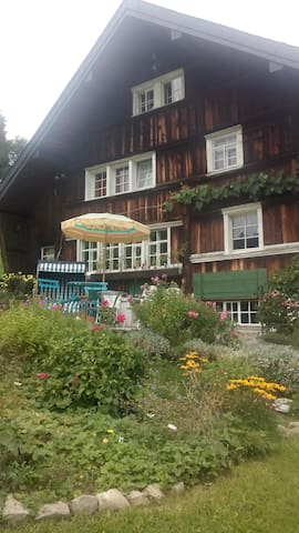 Guestrooms with separate bathroom, incl. breakfast - Heiden - House