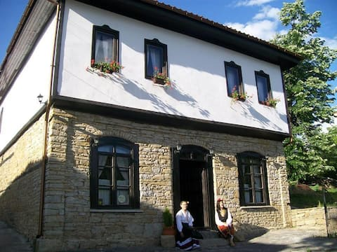 Staroto shkolo Gæstehus (Старото школо)