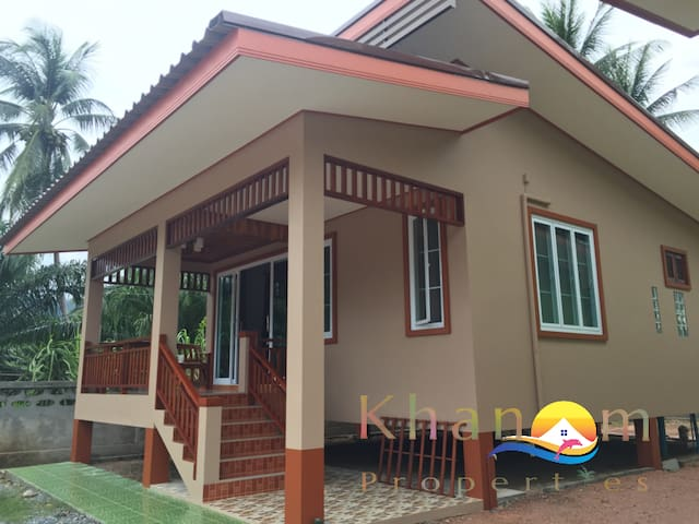 Brand new house only 2km from Khanom beach - Khanom - Dům