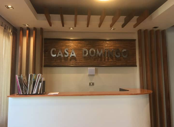Casa Domingo: GF Queen Bed w/ Own T&B Near Airport