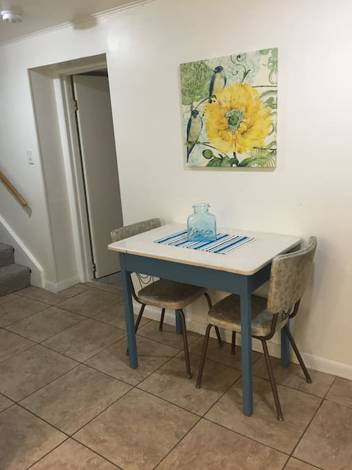 Eat-in kitchen. Additional chairs available.