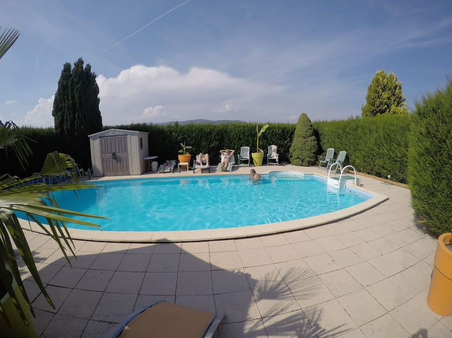 Gite du petit bambois avec piscine apartments for rent for Piscine franche comte