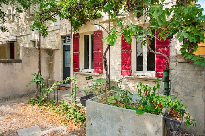 Mini maison studio  Ancienne Rénovée
