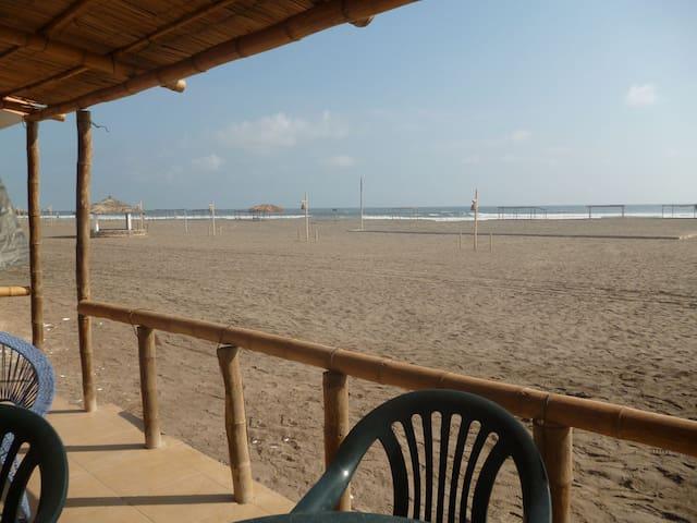 Hospedaje en Casa de Playa en Camaná, Arequipa