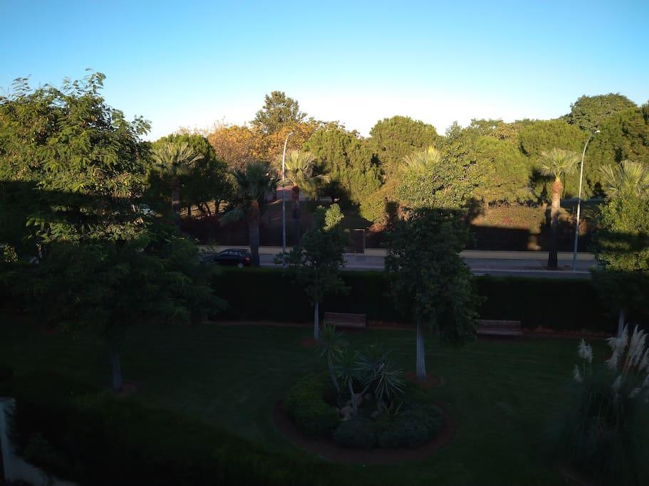 Vistas preciosas para pasear y relajarse junto al club de Golf de Sevilla