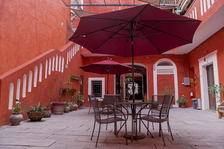 Habitación dos camas Hotel Descanso Catedral 3