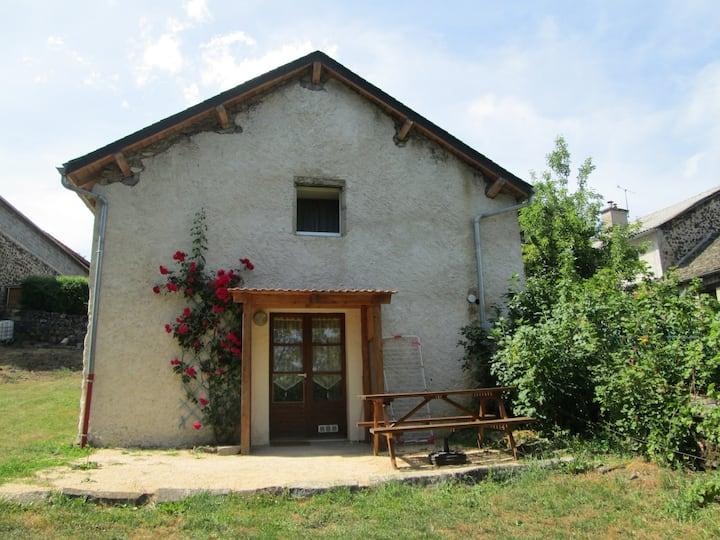 Maison individuelle 4 pers près du lac de Garabit