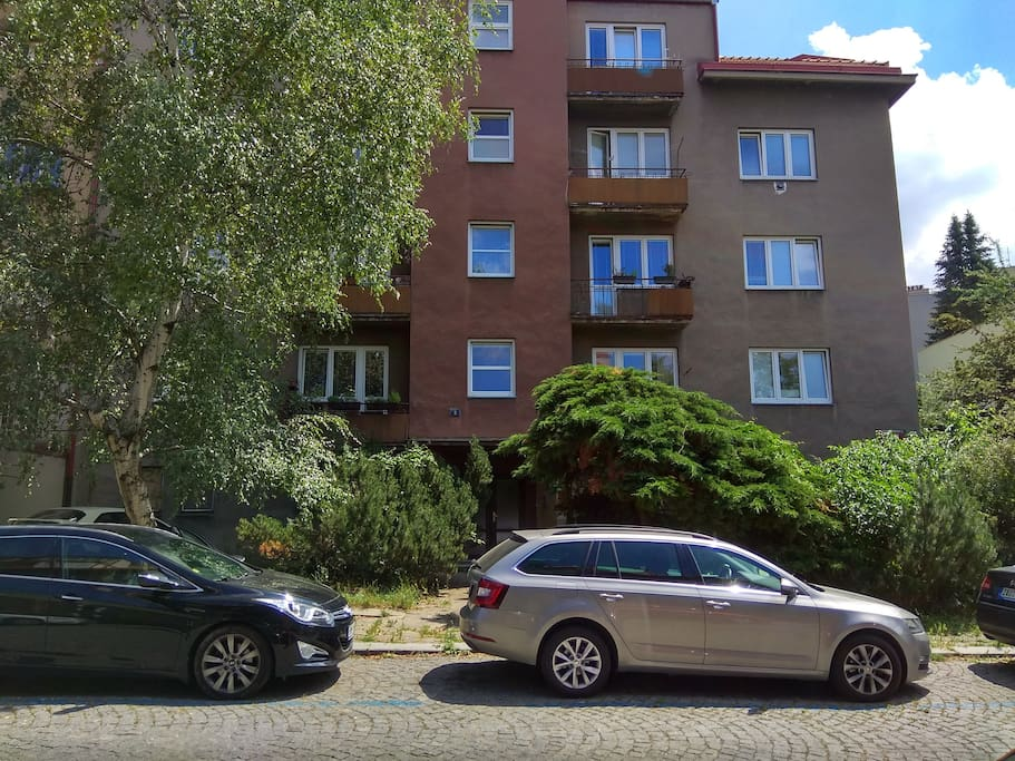 The appartment is located on the first floor