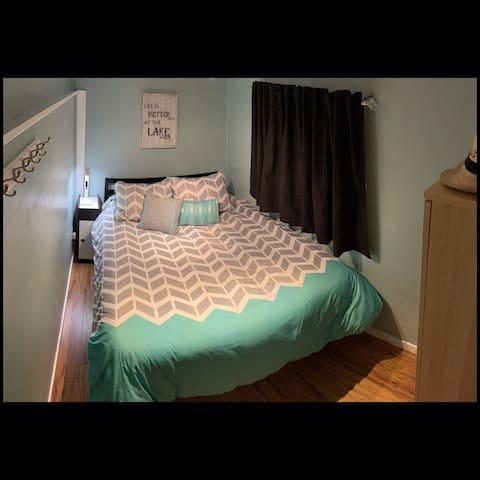 Queen bedroom #3 off kitchen