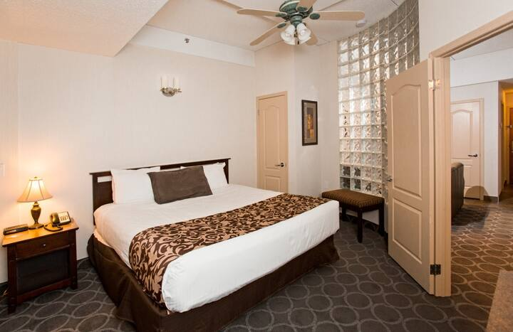 Executive Suite - High Country Inn
