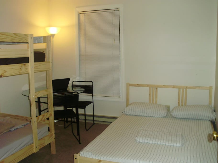 Short nice stay in burlington chambres d 39 h tes louer for Chambre d hotes nice
