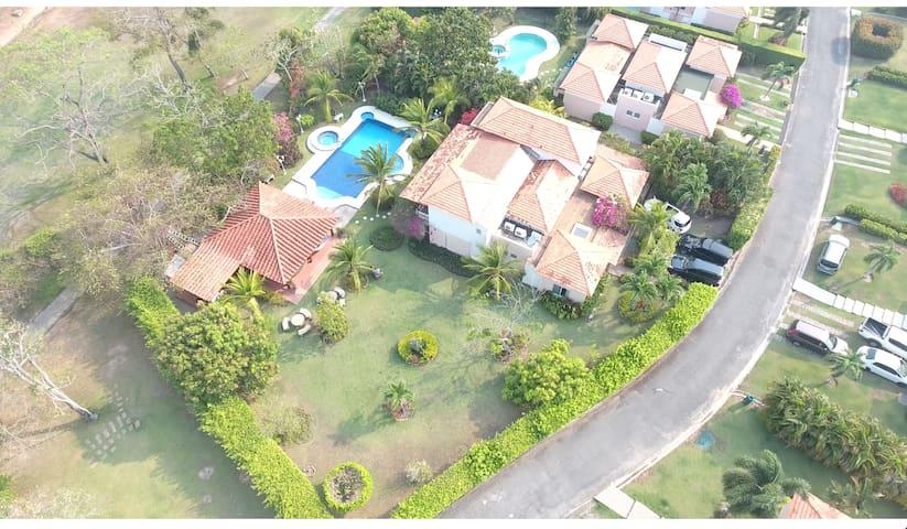Beach House Villa w private pool & Jacuzzi - Panama City - Haus
