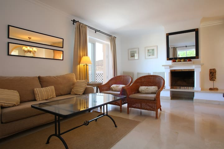 Las Lomas Village 4* - Townhouse 1 dormitorio