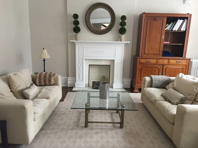 Cozy place for a long stay - Westmount - Apartamento