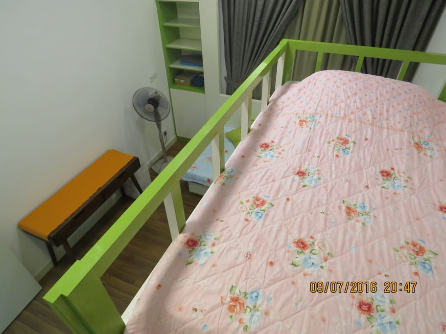Upper level of bunk bed