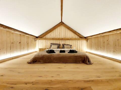 Sam's Cottage Suite