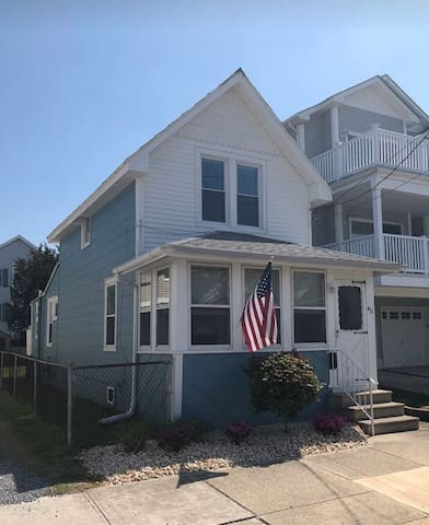 Backyard Living by the Bay in Wildwood