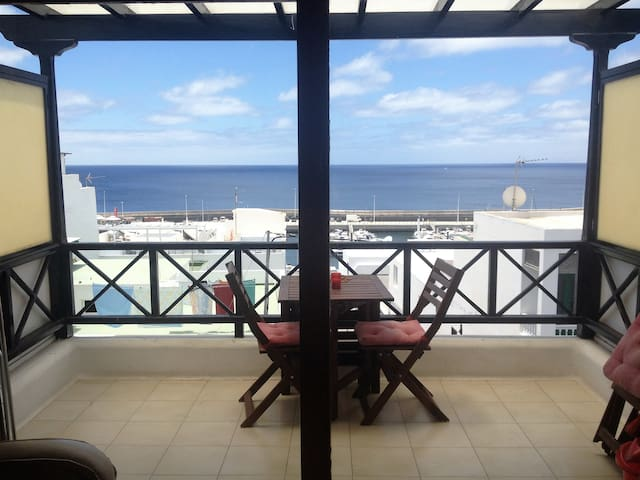 Luxury Holiday Apartment in Puerto Del Carmen - Tías