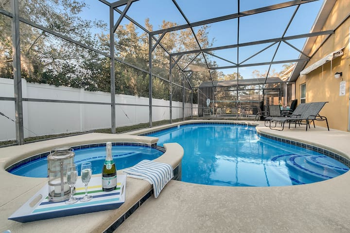 Big Disney Home! Private Pool&Spa 7beds, No Stairs