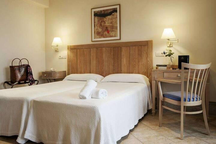 Habitación doble estándar (Hotel Voramar)