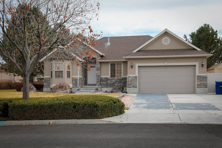 Private space - Family Friendly West Valley City