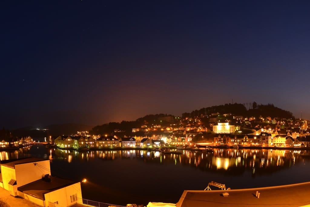 The view from the balcony by night.