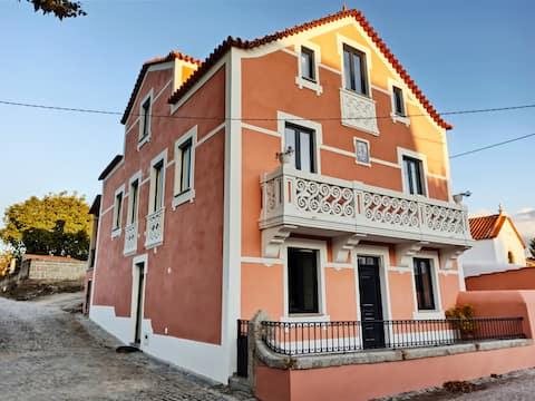 Villa Tauria-espaço exclusivo numa aldeia medieval