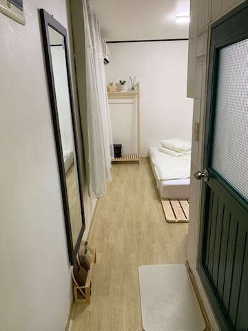 Cozy&Rooftop,GangNam,SinSa 5min, Garosu-gil 2min