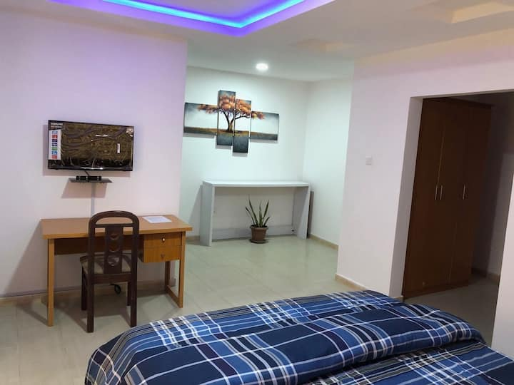 Completely furnished apt ideal for long stay