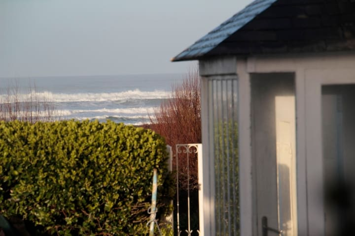 A house by the sea - Plozévet