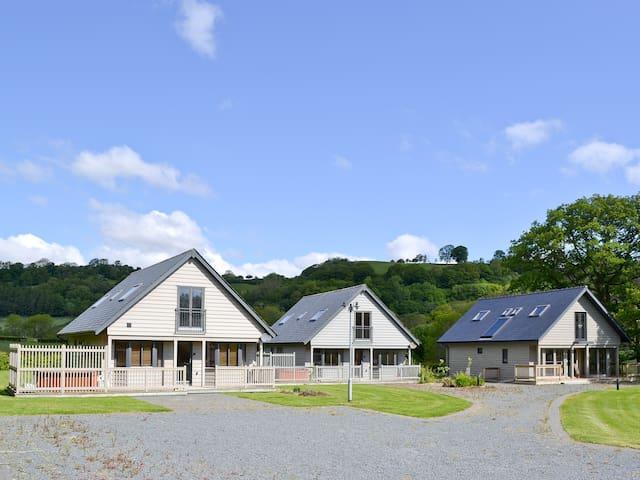 Lodge 1 (W43690)