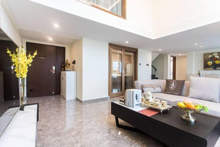 南山青青世界附近现代精装复式四卧室超大套房公寓