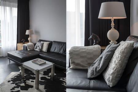 Luxe Studio met Spa Bad! - Leeuwarden - Apartamento
