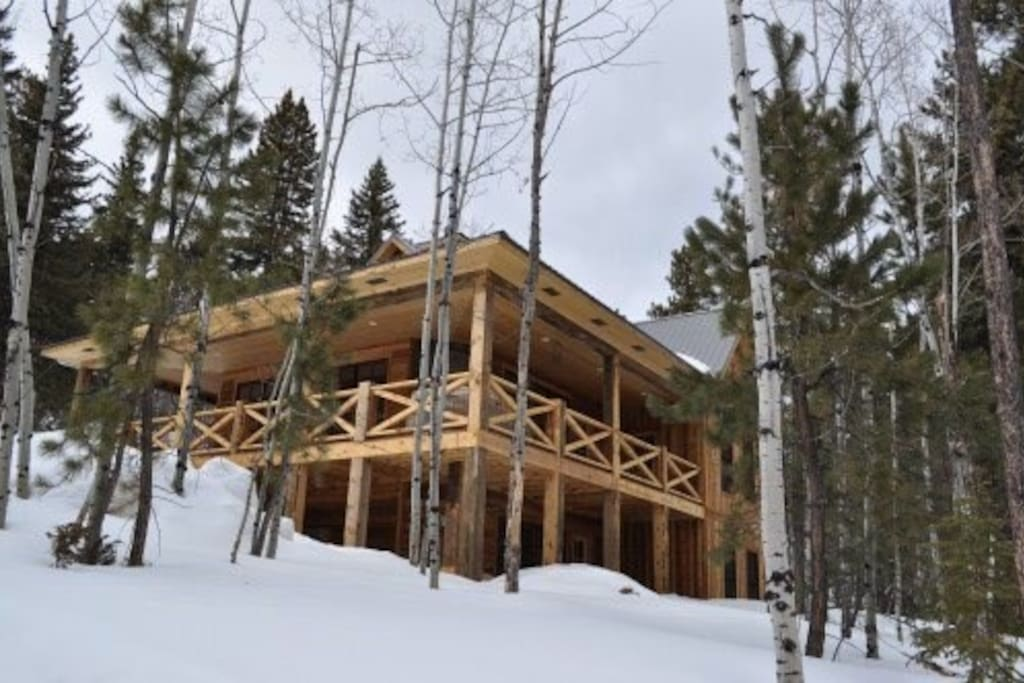 In the winter enjoy snowmobiling, skiing at Deer Mountain and Mystic Mountain, snow shoeing, and just relaxing by the fireplace.