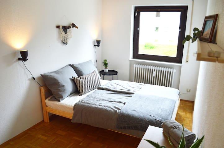 Schlafzimmer #2   ///   Bedroom #2