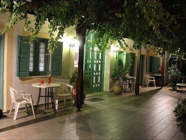 Matala Dimitris Villa and Hotel2