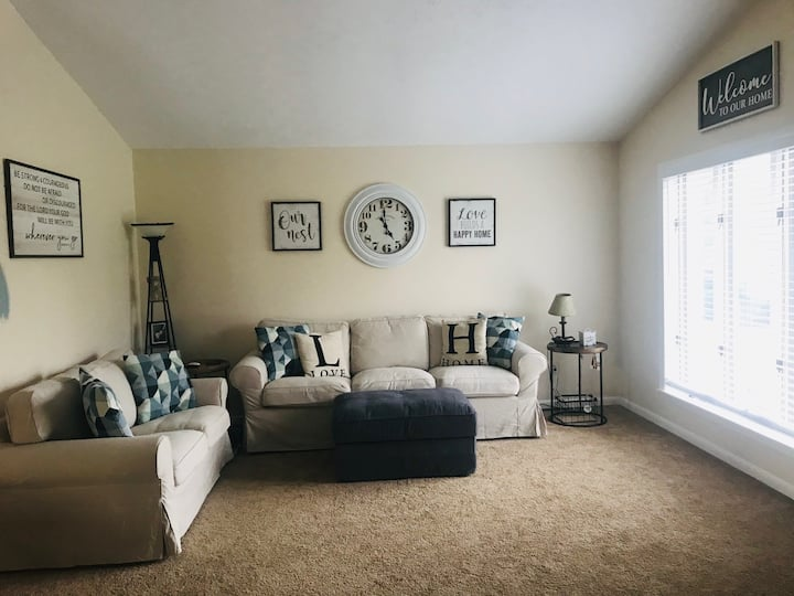 Family home one mile from Miami University!