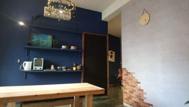 藍木 WOODS DECOR(有私人客廳)~藝術與書香交織的溫馨療癒復古小宅