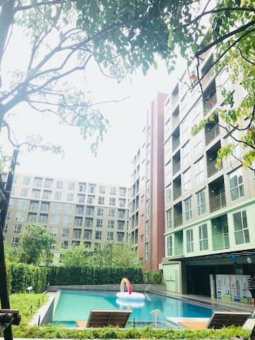 Lumpini Place Bangna/10% off for weekly rate